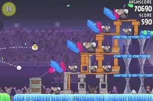 Angry Birds Rio Carnival Upheaval Small