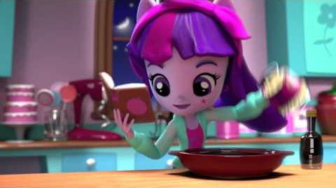 MLP Equestria Girls Minis UK Pinkie Pie's Slumber Party Twilight Sparkle-1