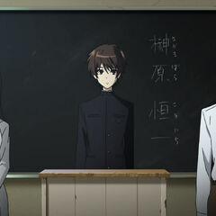 Mikami and Kubodera introduce Kouichi to the class.