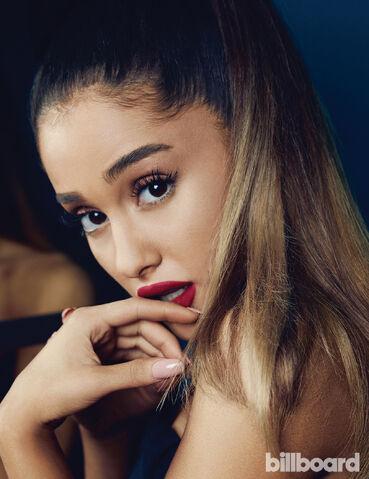 File:Billboard2016Ariana2.jpg