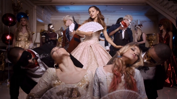 File:Ariana-grande-right-there-video-600x337.jpg