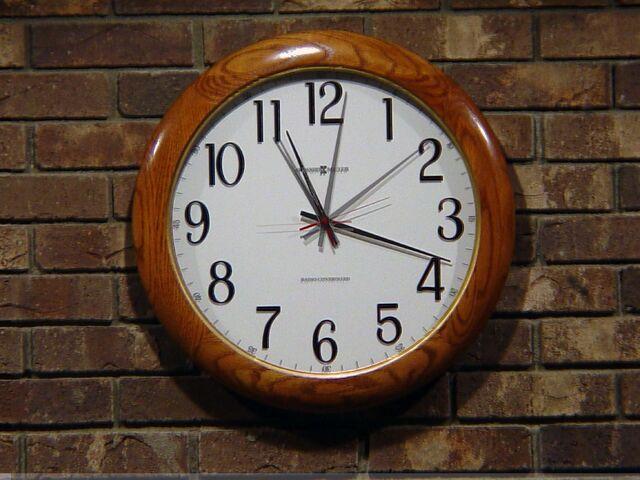 File:1187120635 Clock.jpg