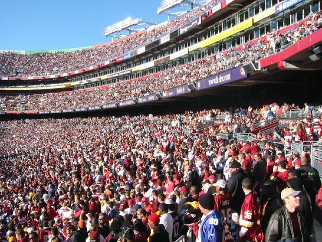 File:FedEx Field-1195774749-804.jpg