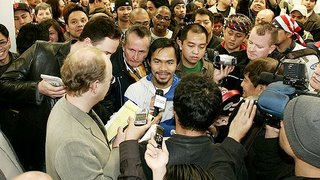 File:Box pacquiao fans 580-776261.jpg