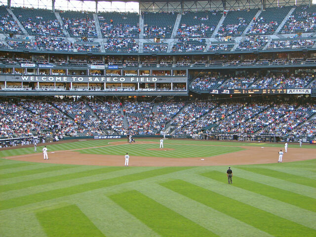 File:Safeco Field-1195606491-344.jpg