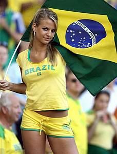 File:Brazil soccer girl.jpg
