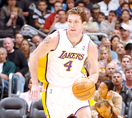 File:Player profile Luke Walton.jpg