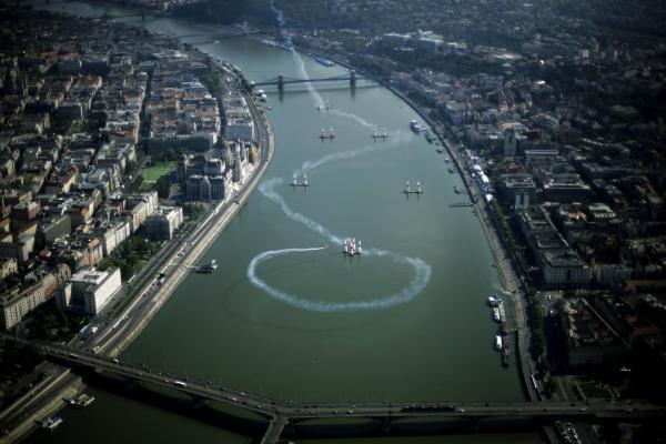 File:Budapest 2.jpg