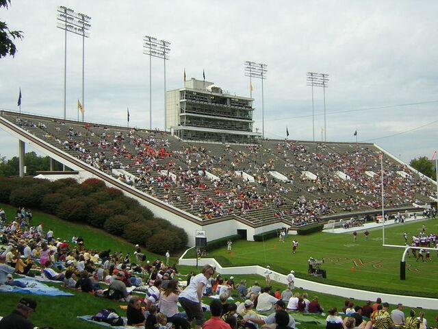 File:Grovees Stadium.jpg