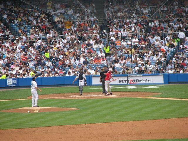 File:Yankee Stadium-1195689593-473.jpg