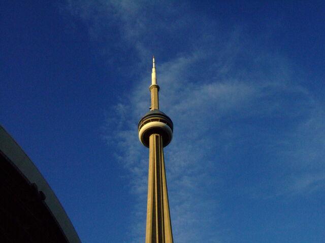 File:Rogers Centre-1195683694-574.jpg