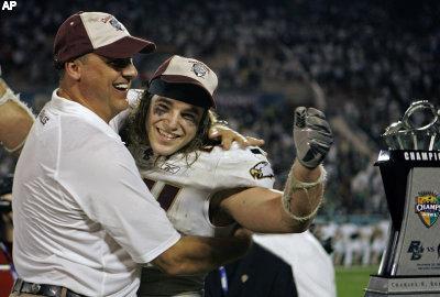 File:Jamie and coach.jpg