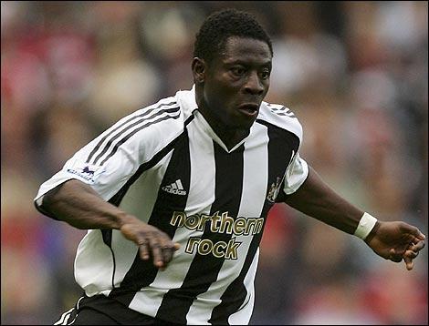 File:Player profile Obafemi Martins.jpg