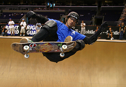 File:1189690068 Bob-burnquist-one-of-the-top.jpg