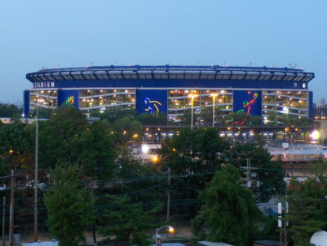 File:Shea Stadium-1195684301-193.jpg