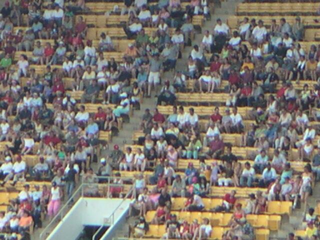 File:RFK Stadium-1195683188-677.jpg