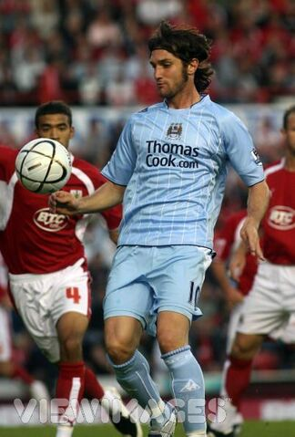 File:Player profile Elano.jpg
