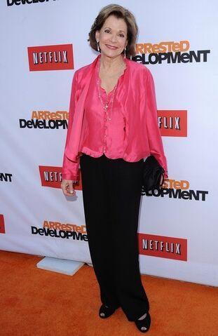 File:2013 Netflix S4 Premiere - Jessica Walter 3.jpg