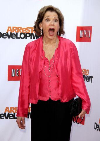 File:2013 Netflix S4 Premiere - Jessica Walter 4.jpg