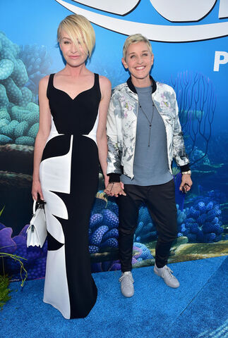 File:2016 LA World Premiere - Portia and Ellen DeGeneres.jpg