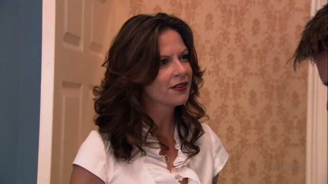 File:2x08 Queen for a Day (40).png