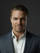 Oliver Queen promo medium shot