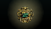 ACP Treasure Emerald Gold Pin