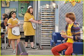 Trish, Mindy and Dez