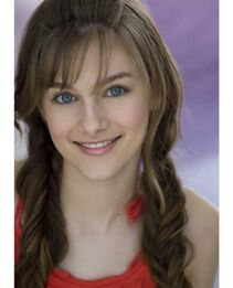 5aubrey peeples head shot 8 20100822 1102216810