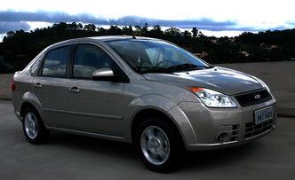 Ford-fiesta-sedan