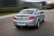 2011-Buick-Regal-12