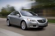 2011-Buick-Regal-11