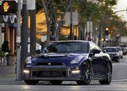 Nissan-gt-r 2011 5