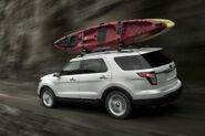 2011-Ford-Explorer-SUV-108