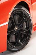 Lamborghini-aventador-lp700-4---17