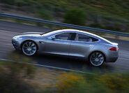 Tesla-model-s-large-5