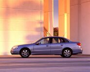 2002-Saturn-L-Series-Sedan-Image-04-800