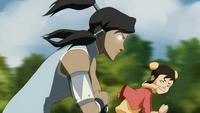 Korra using the Avatar State