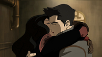 Mako and Asami kiss