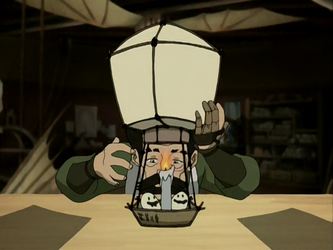File:Mechanist working on the air balloon.png