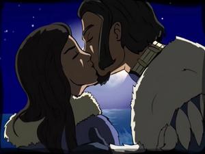 Kuruk kissing Ummi