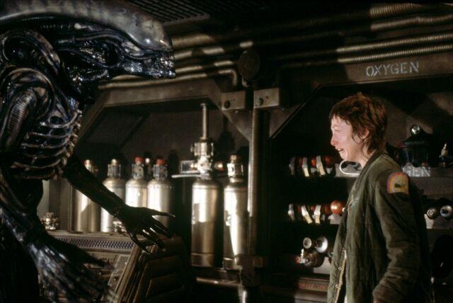 File:Alien-xenomorph.jpg