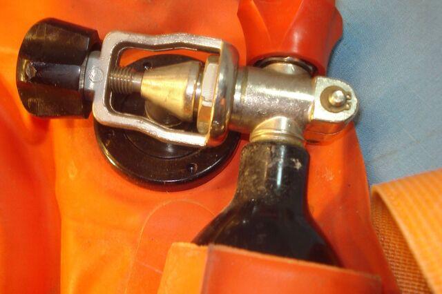 File:Fenzy valve.jpg
