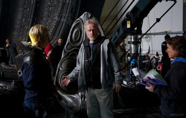 File:Prometheus-ridley-scott-set-image.jpg