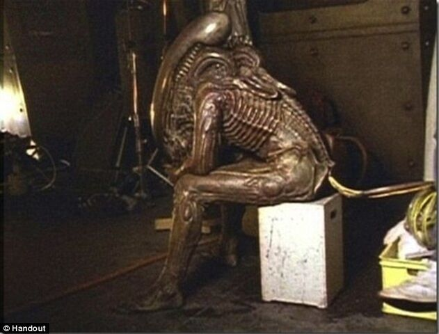 File:Alien the filming.jpg