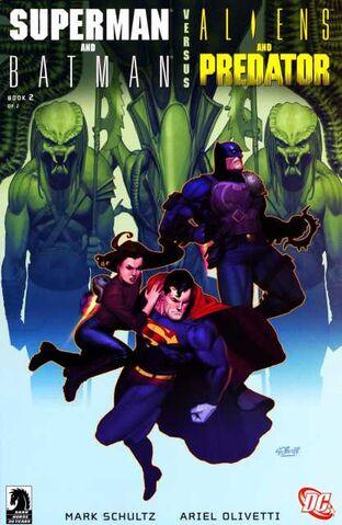 File:Superman&batman vs aliens&predator-cover.jpg