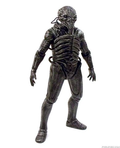 File:Neca-prometheus-series-1-set-of-2-engineer-action-figures-8.jpg