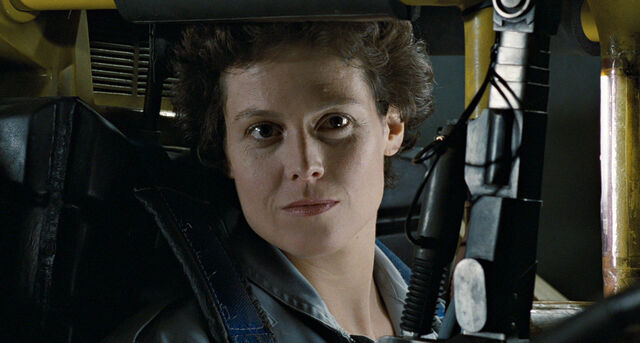 File:AlienEllen Ripley close-up.jpg