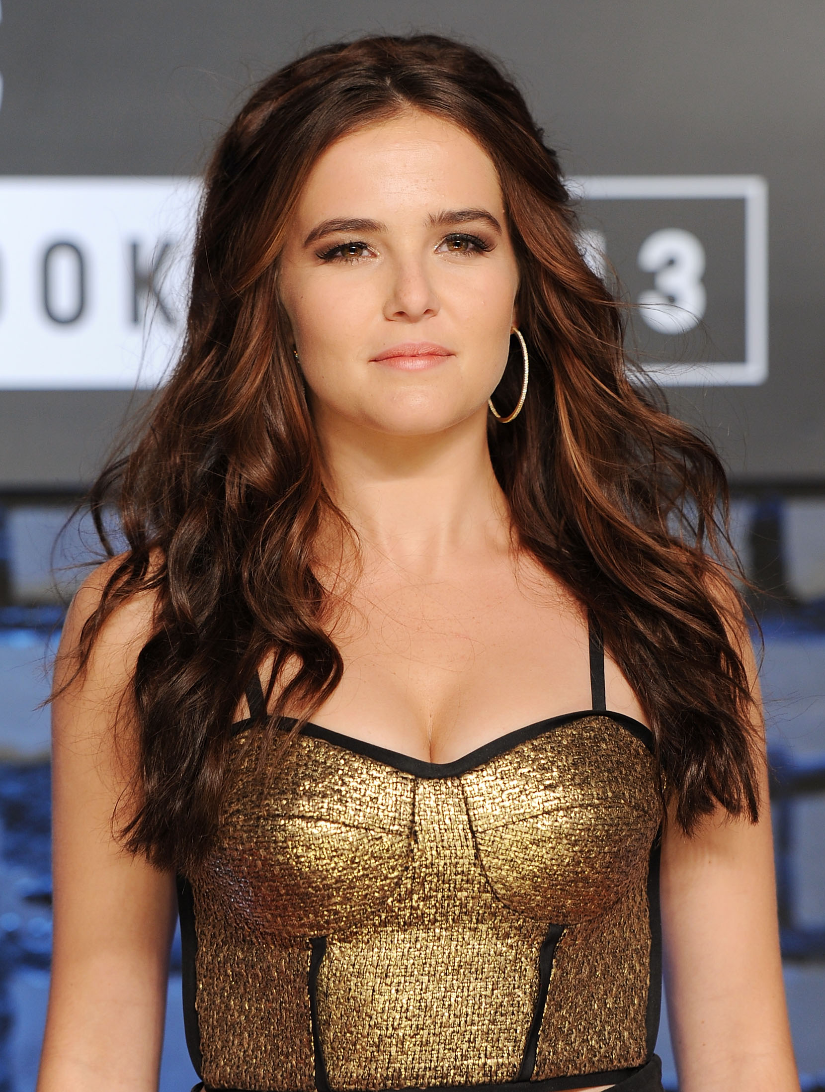 zoey deutch site