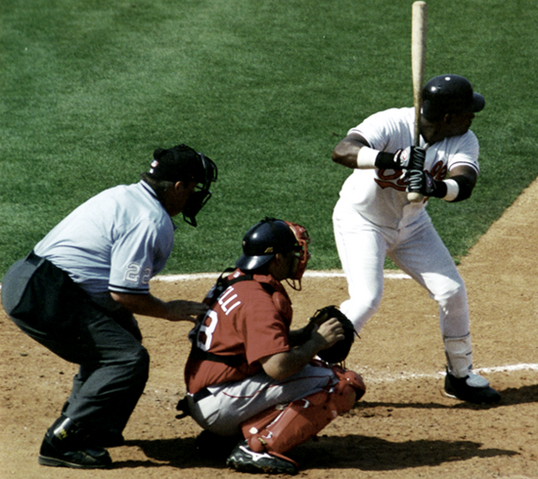 File:Sosa at bat.png